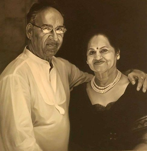 Veeru Devgan with Veena Devgn Painting