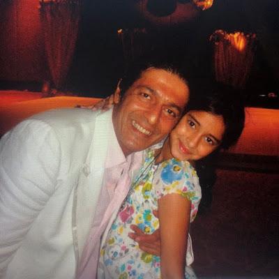 Ananya Pandey with Chunkey Pandey childhood pic