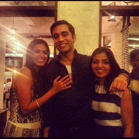 Kushal Punjabi with his sisters