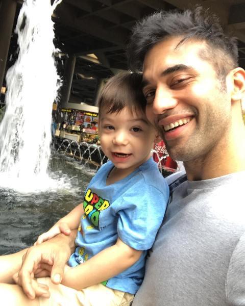 Kushal Punjabi with his son