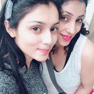 Mallika Singh with mother Rubi