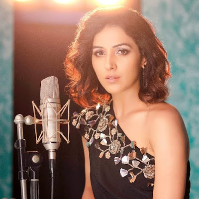Neeti Mohan Singing