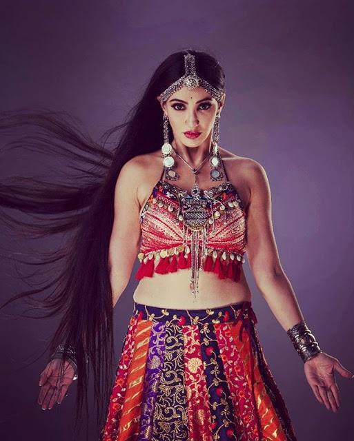 Reyhna Malhotra Photo