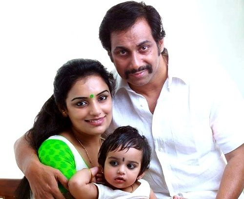 Shweta Menon with Sreevalsan Menon with daughter Sabaina Menon