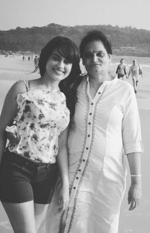 SUrbhi Jyoti with Her Mother
