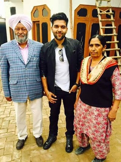 Guru Randhawa with his father and mother