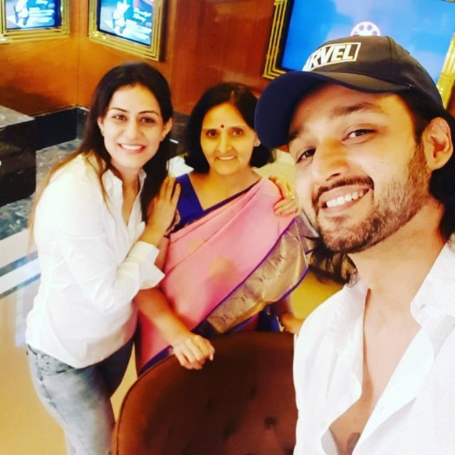 Saurabh Raj Jain with his mother and wife