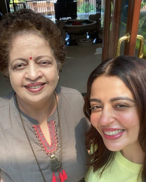 Neha Pendse with her mother Shubhangi Pendse